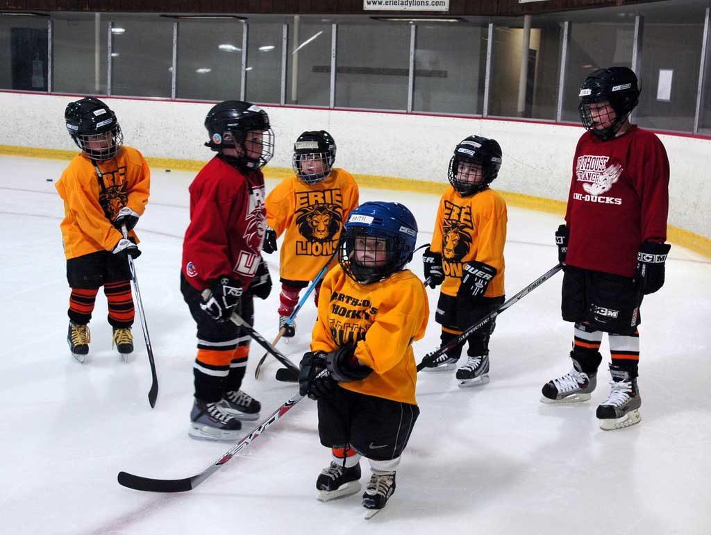 хоккей для детей в москве