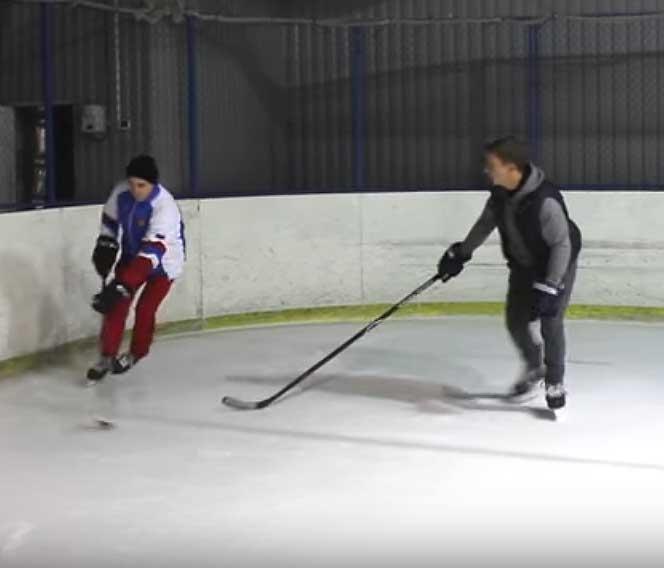 ошибки защитника в хоккее