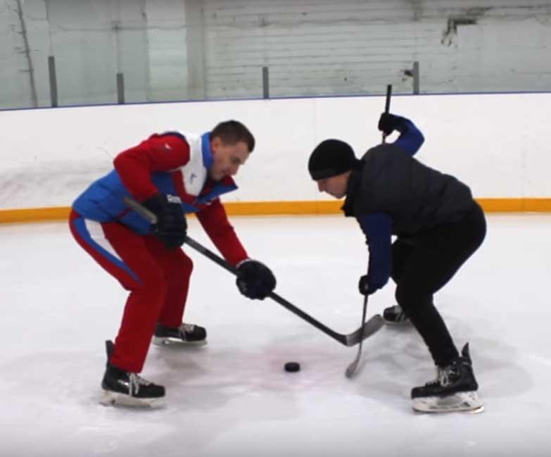 как выиграть вбрасывание в хоккее